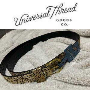 NWT! Universal thread belt!
